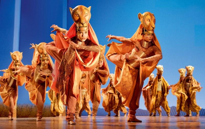 Familienmusical König der Löwen Bewertung: Kostüme und Masken der Löwinnen