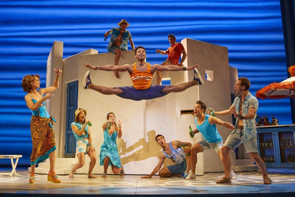 Erfahrungen zum Musical Mamma Mia!: Ein buntes Vergnügen