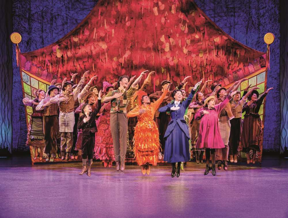 Review Musical Mary Poppins: Supercalifragilisticexpialigetisch