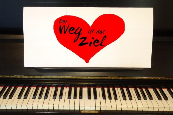 Instrument lernen: Der Weg ist das Ziel am Klavier