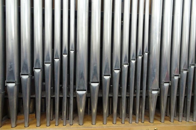 Pfeifen einer Kirchenorgel