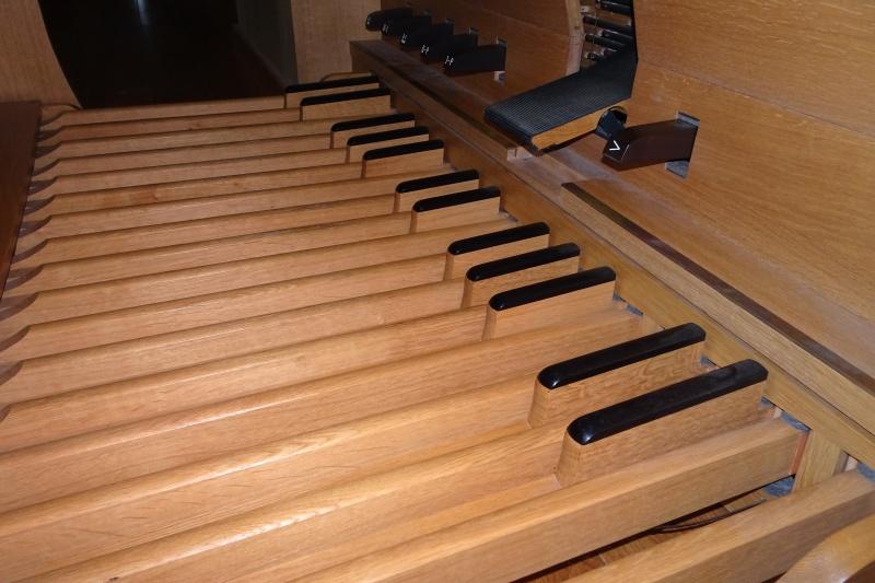 Das Pedalspiel gehört zum Orgellernen.
