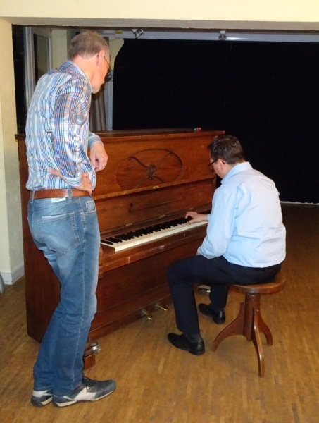 Treffen des Piano Clubs Hamburg für Hobbyklavierspieler