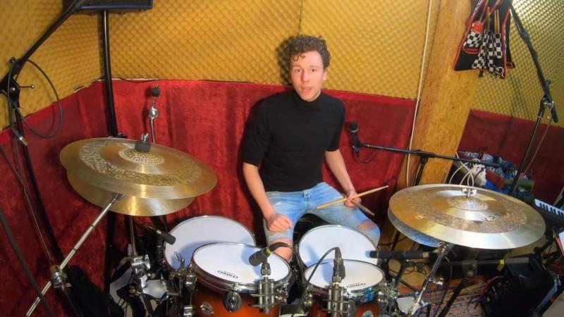 Soundskills Schlagzeuglehrer Julien Schmidt