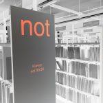 Die richtigen Noten für tolle Musik in der Musikbibliothek finden.