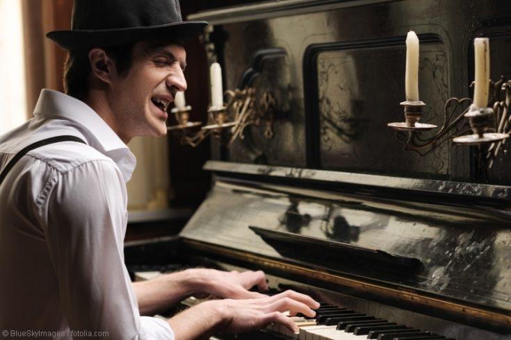 Klavier und Gesang: Singe zu deiner Klavierbegleitung!